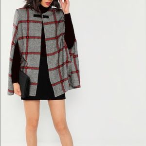 🔥BRAND NEW Plaid Poncho🔥